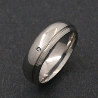 Classic Titanium Ring - Diamond Vega